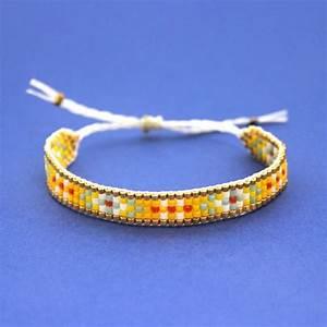Comment Faire Un Bracelet En Perle : comment faire un bracelet tiss avec n ud coulissant perles co ~ Melissatoandfro.com Idées de Décoration