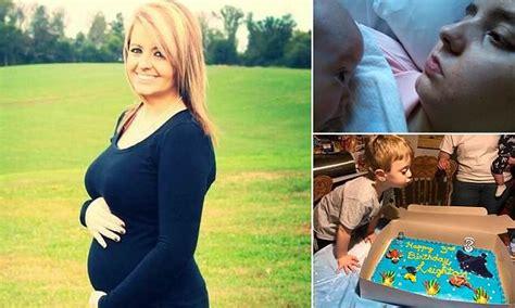 sempat melahirkan saat koma 3 5 tahun perempuan ini