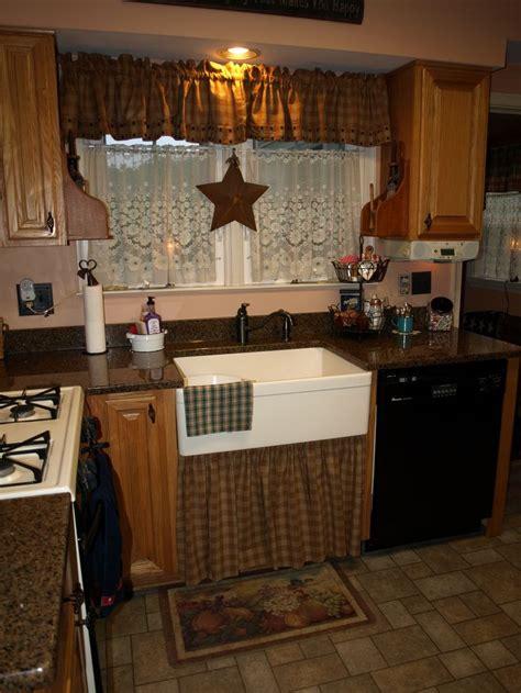 western kitchen ideas best 25 western kitchen ideas on western homes western kitchen decor and cowhide decor