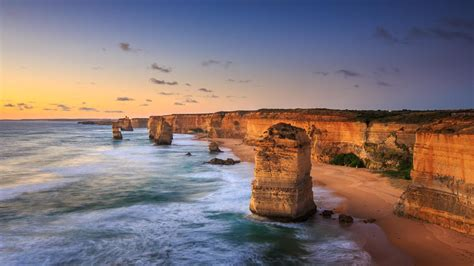 Drive Australia's Great Ocean Road - Lonely Planet Video