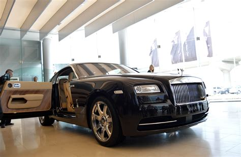 rolls royce sport car rolls royce sports amazing pictures video to rolls