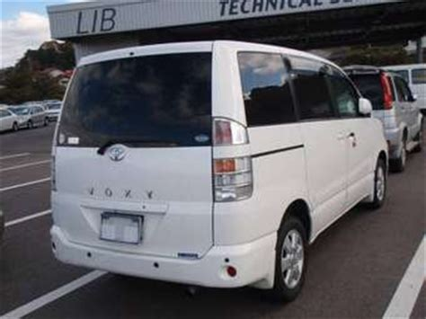 Toyota Voxy Backgrounds by Imcdb Org 2001 Toyota Voxy R60 In Quot Nihon Chinbotsu 2006 Quot