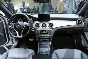 Nouveau Mercedes Gla : mercedes benz classe gla gla le petit suv de mercedes benz roule sur le chemin du succ s ~ Voncanada.com Idées de Décoration