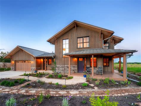 Prairie Style House Plan - 3 Beds 3 Baths 3219 Sq/Ft Plan ...