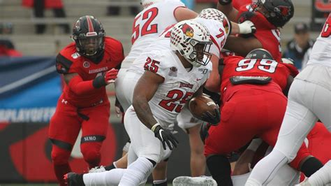 FCS 1st Round Playoffs: Illinois State Uses James Robinson ...