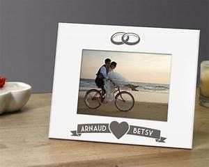 Cadre Photo Mariage : cadre m tal blanc grav mariage ~ Teatrodelosmanantiales.com Idées de Décoration