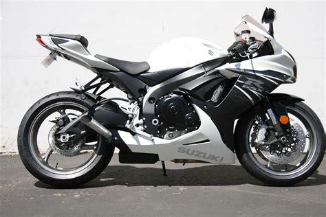 Suzuki 600 Gsxr by 2011 Suzuki Gsx R 600 Moto Zombdrive