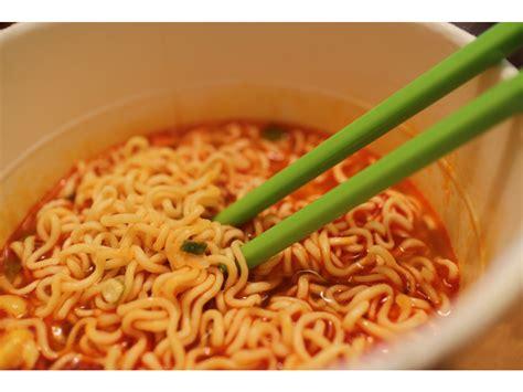 instant cuisine nissin ramen bowl kimchi flavour elsie hui