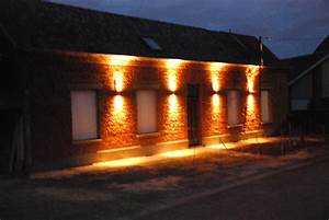 eclairage facade le blog renovmaisondespres With eclairage exterieur facade maison