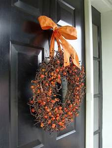 20 Halloween Wreath Decor Ideas Youll Love Feed Inspiration