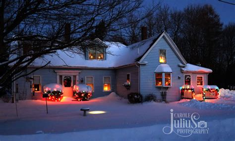 ideas for christmas lights on a ranch house houses decorated with lights