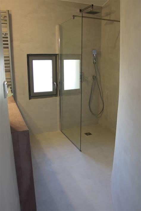 beton cire mercadier dans salle de bain renovation carrelage meuble de salle de bain design en