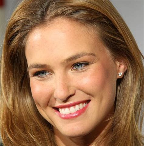 Vampire Facial Bar Refaeli