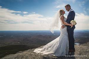 Mount monadnock nh wedding adventure shoot artistic for Wedding photographer clothes