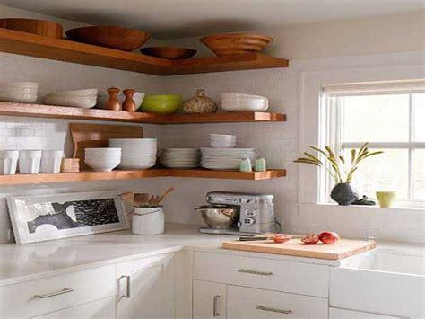 rangement de la cuisine etagere d angle pour rangement cuisine pratique