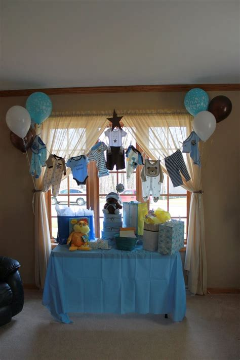 Decorating Ideas Clothes by Clothesline Baby Shower Decorations Search
