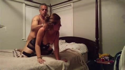 Horny Amateur Brunette MILF Homemade Fuck Free HD Porn