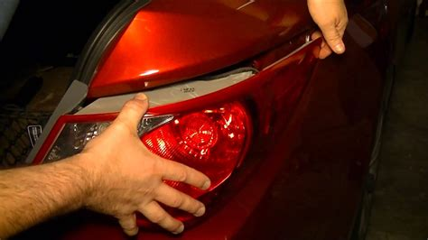 why do cops tap tail light did you ever notice why the cops touch the tail light of