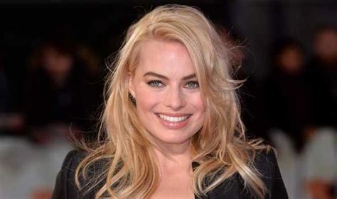 jane valentine actress focus actress margot robbie on nudity quitting neighbours