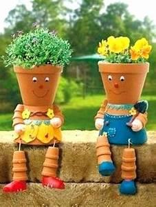 deco pot terre cuite dacco jardin diy 35 idaces pour With affiche chambre bébé avec crochet pour pot de fleur