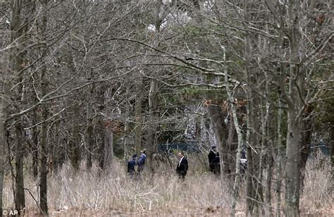 Four Dead Bodies Found In Long Island Park  Daily Mail Online