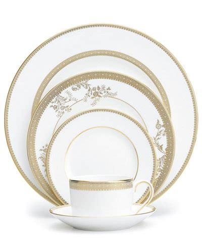 vera wang wedgwood dinnerware lace gold  piece place