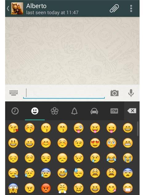 whatsapp  facebook messenger welke chat app moet je kiezen