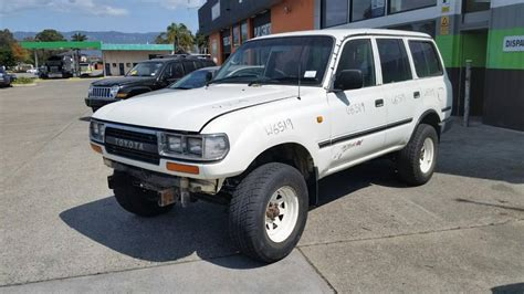 Toyota's landcruiser 76 series wagon occupies a small, very specific niche all of its own: 1994 Toyota Landcruiser station wagon, 80 Series, 4.5L ...
