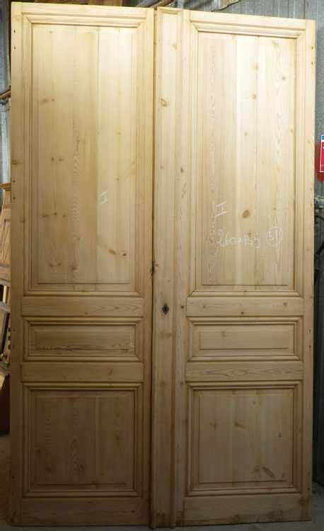modele placard de cuisine en bois c2v14 porte d 39 interieur 2 vantaux en pin