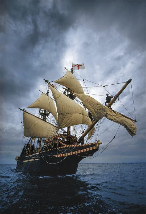 Imagenes De Barcos Piratas Antiguos by Corsarios El Asalto A Los Galeones Espa 241 Oles