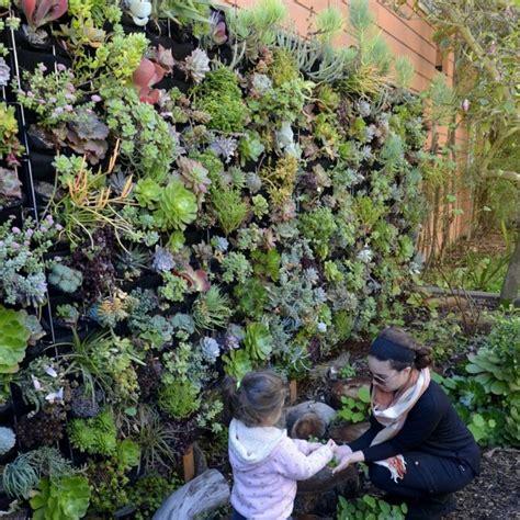 Garten Gestalten Hauswand by 1001 Ideen Zum Thema Quot Vertikaler Garten Quot Mit Praktischen