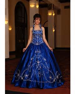 royal blue wedding dress 39 s white callas and yellow asiatic lilies for a dramatic table centerpiece