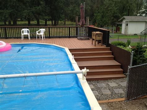 steps  landing  pool buildstrong construction