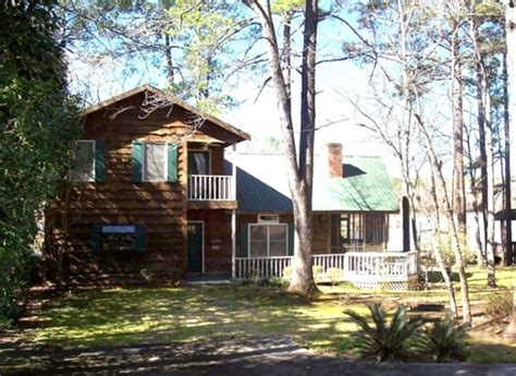 waterfront cabin rentals in rustic waterfront cabin lake wateree vrbo