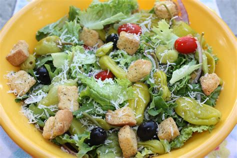 Olive Garden Salads by Southern Living Yankee Light Olive Garden Salad