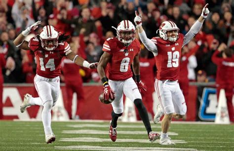 39+ State Football Wisconsin  Pictures