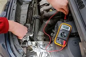 Comment Tester Une Batterie De Voiture Sans Multimetre : pratique tester la batterie de votre voiture avant de la remplacer ~ Gottalentnigeria.com Avis de Voitures