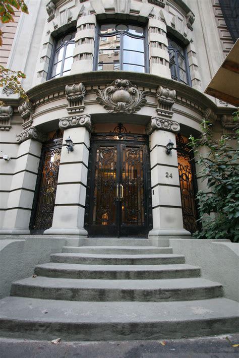 renee zellwegers nyc apartments zimbio