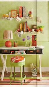 Grüne Wand Selber Bauen : schreibtisch selber bauen ideen gr ne dekorierte wand gr ne tapeten und viele dekoartikel ~ Bigdaddyawards.com Haus und Dekorationen