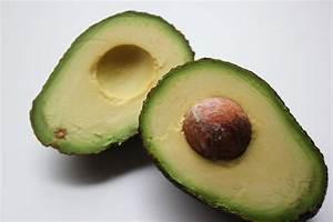 Was Macht Man Mit Avocado : avocadokern das steckt im herz der avocado einfach gr nlich ~ Yasmunasinghe.com Haus und Dekorationen