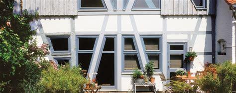 Welche Fassadenfarbe Ist Die Richtige by Au 223 En Welche Fassadenfarbe Ist Die Richtige Kolorat