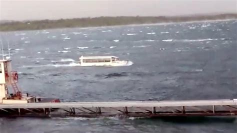 Duck Boat Tours Tragedy by Traps Branson Tragedy Isn T Deadly Duck