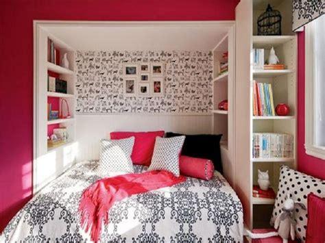 White Bookshelving White Wall Paint Decoration