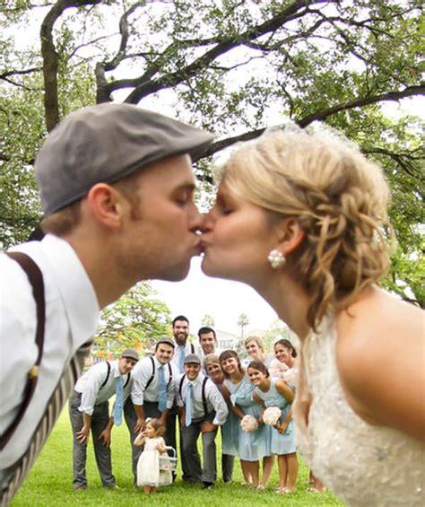 28 Ways To Shoot Fun And Creative Wedding Portraits Hongkiat