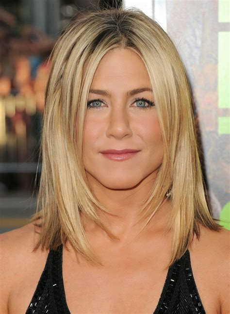 beautiful and best hairstyles for shoulder length blonde