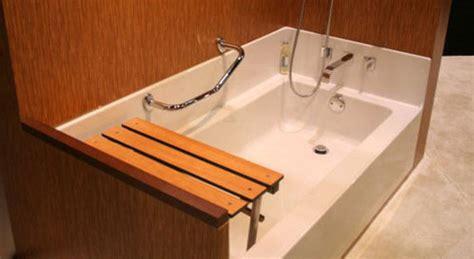 deambulateur avec siege baignoire à seuil abaissé prix et modèles ooreka