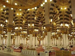 Panoramio - Photo of masjid e nabvi