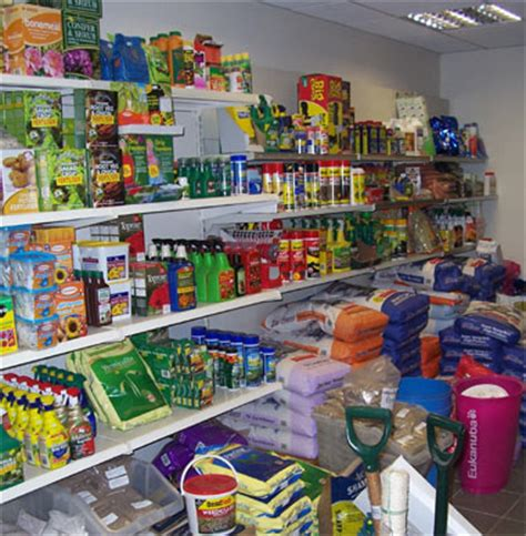 gardens pet store treorchy pet and garden supplies treorchy town