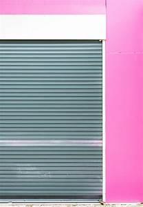 Fensterrahmen Abdichten Innen : fenster mit rolladen im rahmen ~ Lizthompson.info Haus und Dekorationen