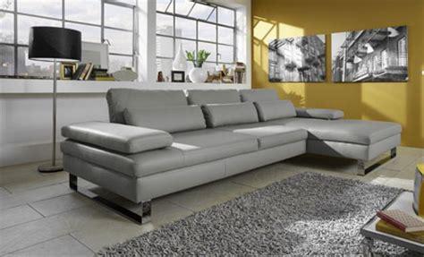 canap en cuir gris six beaux canapés d 39 angle en cuir gris